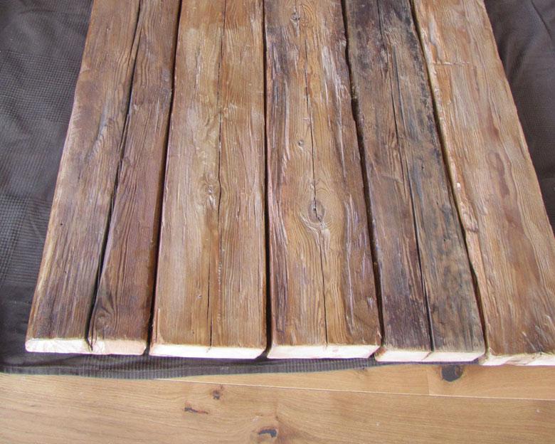 Holzbalken für rustikalen Esstisch von Feinrost