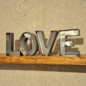 LOVE Retro Schriftzug 2