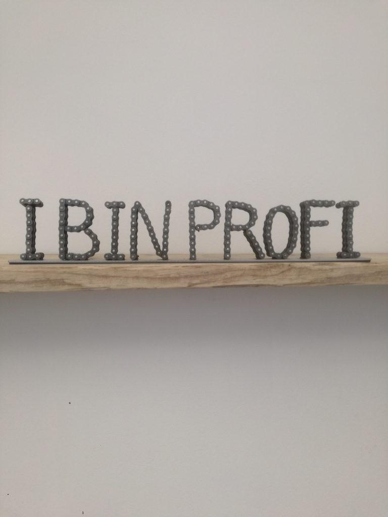 Ketten Schriftzug I Bin Profi